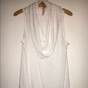 Women's Lucy top size large